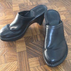 Born black leather blogs mule slip on heeled 7 38